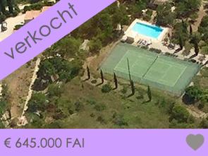 aankoop grote villa met zwembad en tennisterrein in de Gard, Provence, Uzès